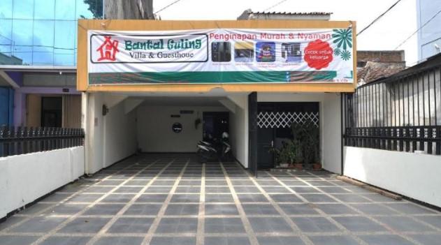 9-Hotel-Bantal-Guling-Batununggal-Bandung